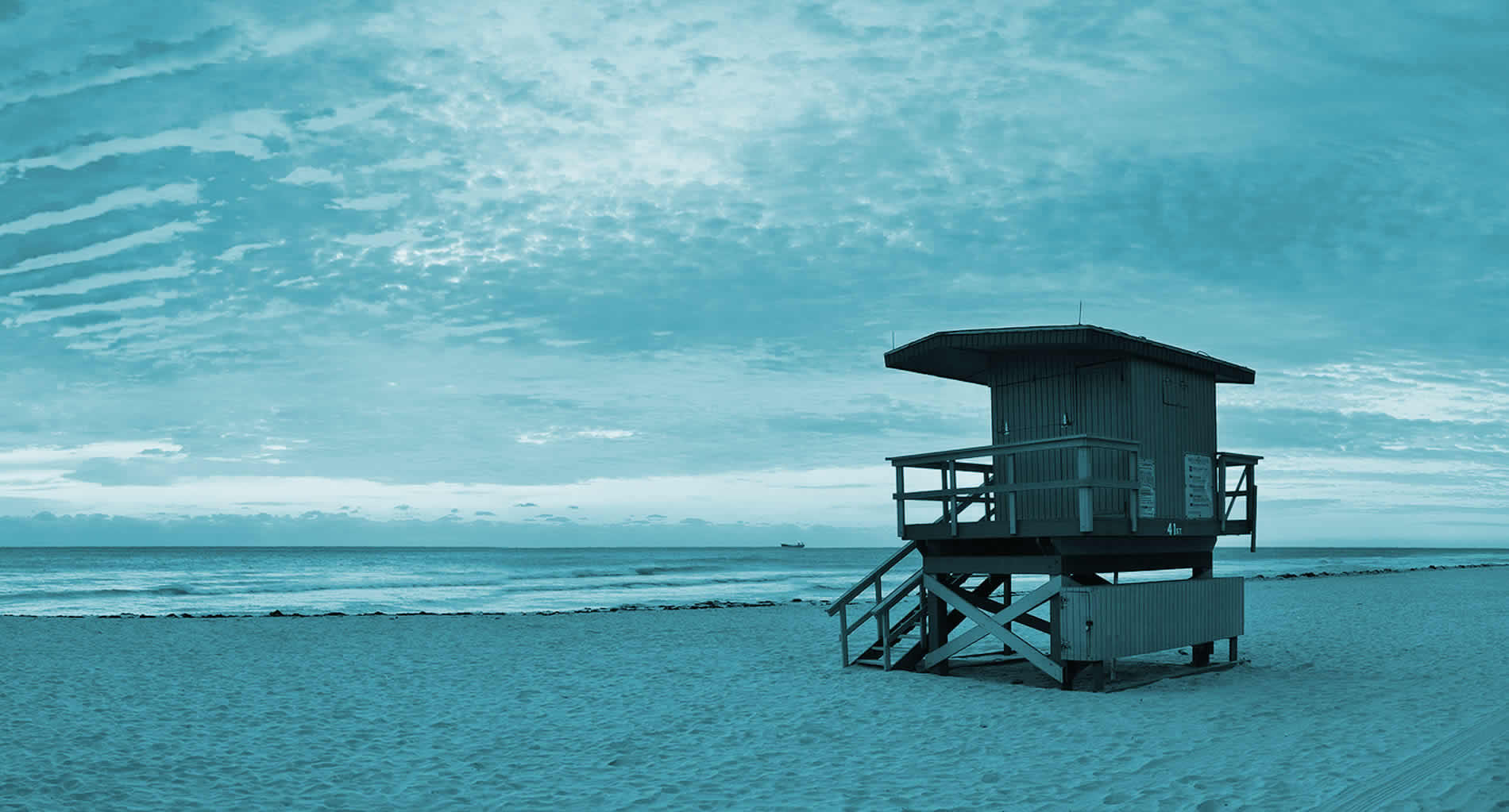 lifeguard stand at Miami Beach